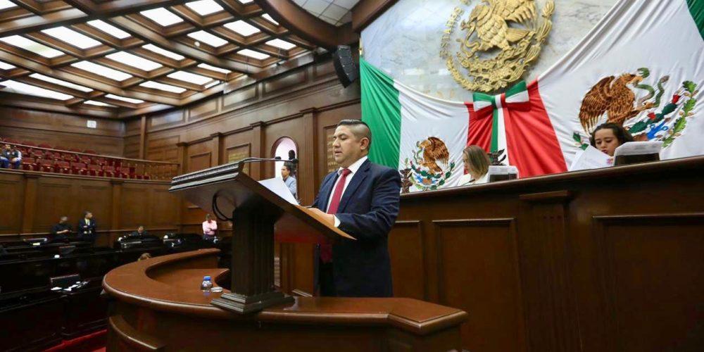 Va diputado Francisco Cedillo por desarrollo rural de Michoacán