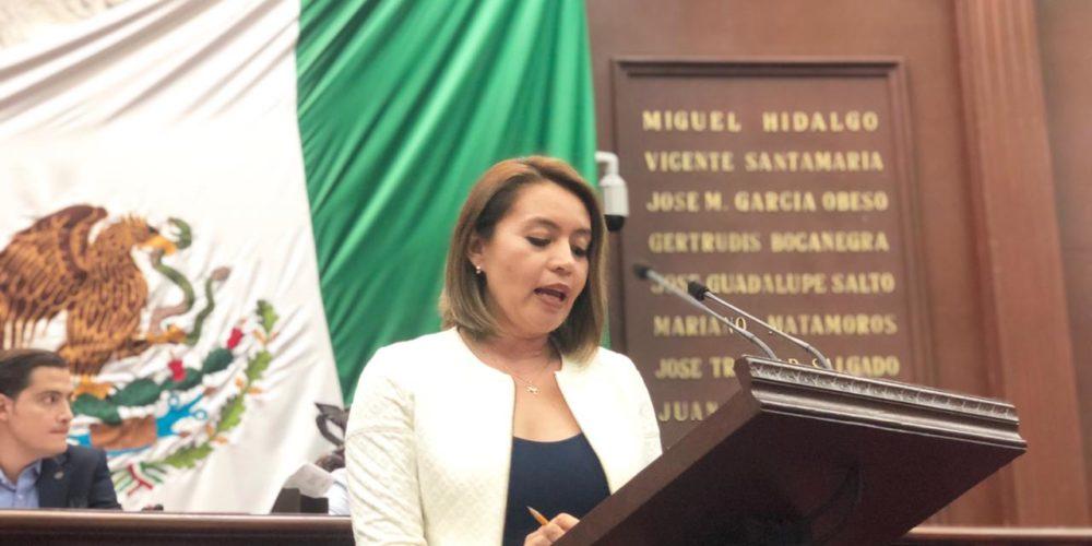 Urgente priorizar atención a salud mental de los michoacanos: Yarabí Ávila