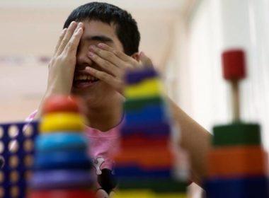 Como detectar a edad temprana la condición del Espectro Autista