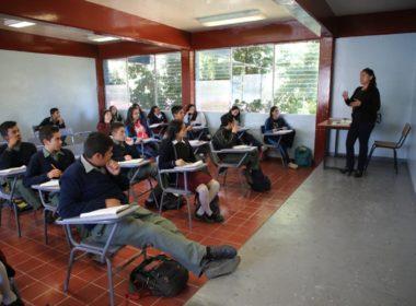 Escuelas de Michoacán incluirán valores cívicos como materia educativa