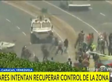 Atropellan tanques militares a manifestantes en Venezuela
