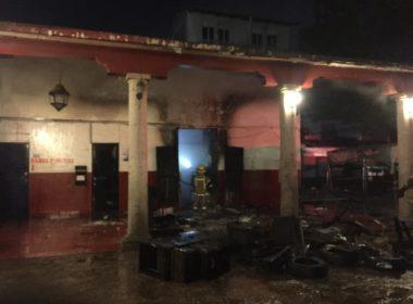 Incendio acaba con parte de Palacio Municipal de Paracho