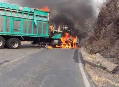 Enfrentamientos provocan narcobloqueos en Aguilillazingán-Aguililla, en Michoacán