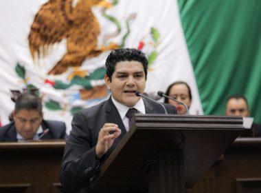 Urge Toño Madriz a reasignar presupuesto a Secretaría de Educación en el Estado