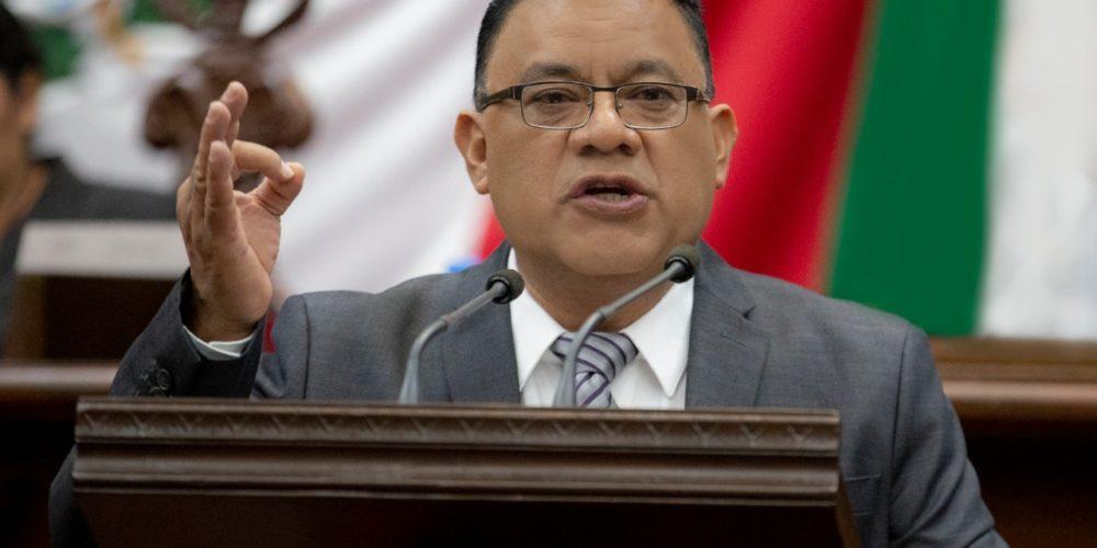 Fermín Bernabé, principal impulsor de reformas federales en Michoacán