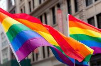 Multan a mujer por actos contra la comunidad LGBT