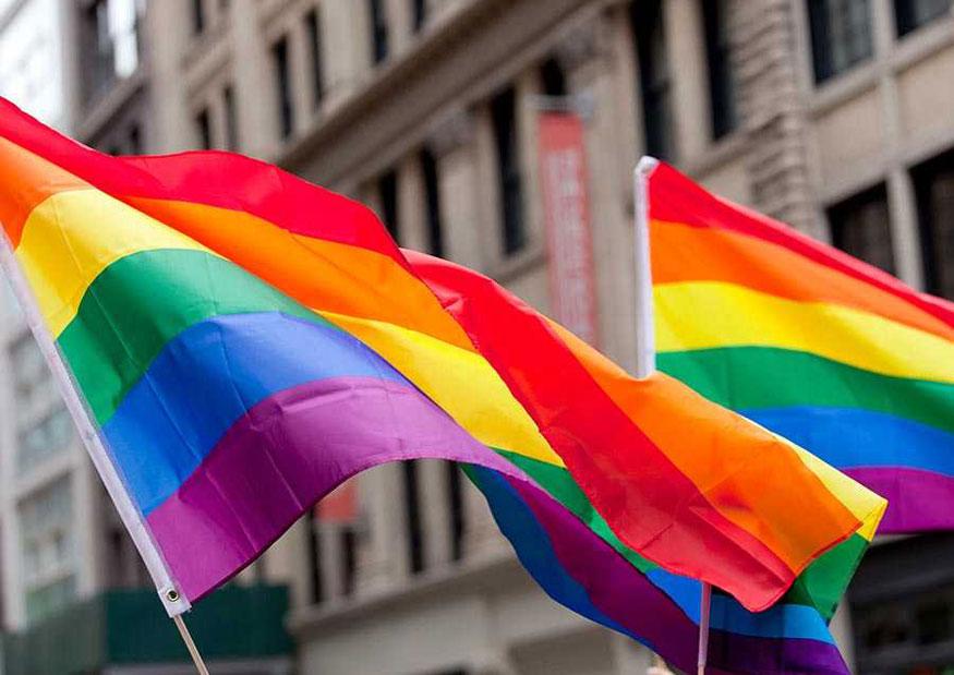 Migrantes LGBT piden apoyo de México