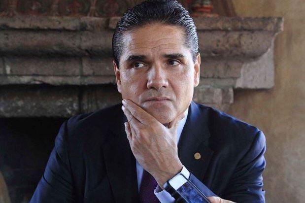 Otra vez Silvano en el top 5 de los peores gobernadores de México