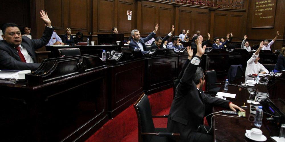 GP de Morena contiene dictamen de mayoría de cuenta pública estatal 2017