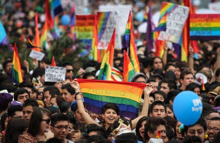 Por qué se celebra en junio el Mes del Orgullo LGBTTTIQ