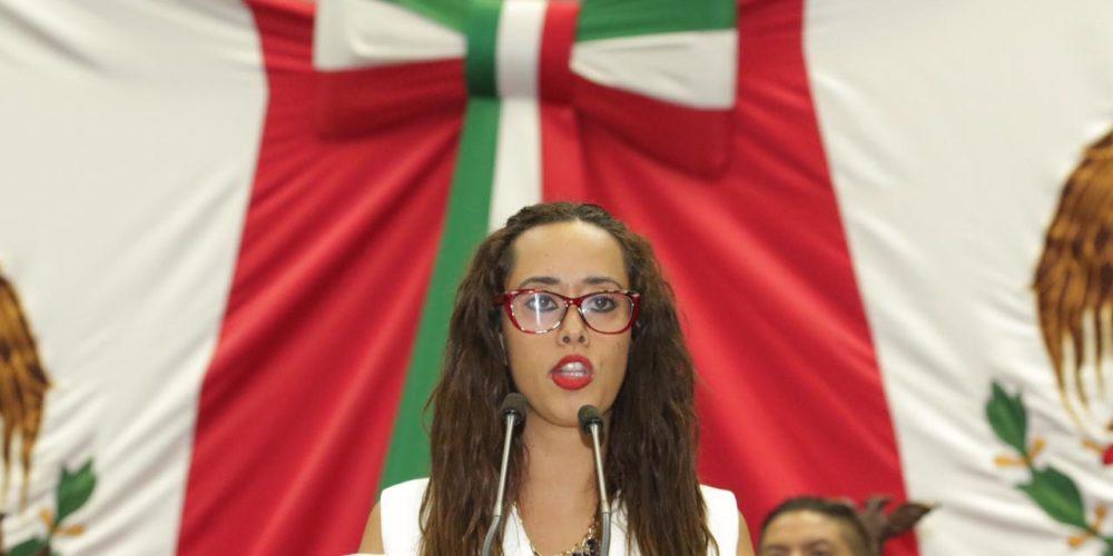 Presenta Tere Mora exhorto a SSP para que en arrastres de vehículos cobren lo que establece la Ley