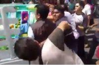 Video. Trifulca entre ambulantes, inspectores y policías de Morelia
