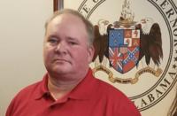 """""""Para arreglar a la sociedad"""" alcalde sugiere matar a personas LGBT"""