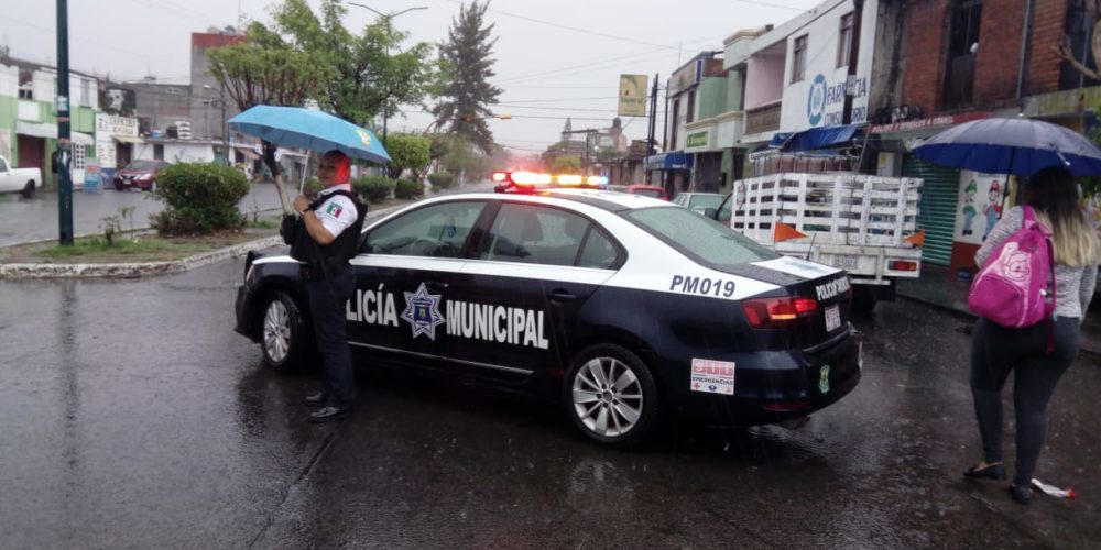 Por encharcamientos, PC Morelia realiza cortes viales