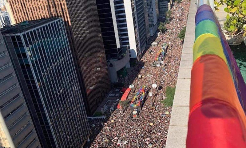 Celebran el orgullo LGBT en Brasil