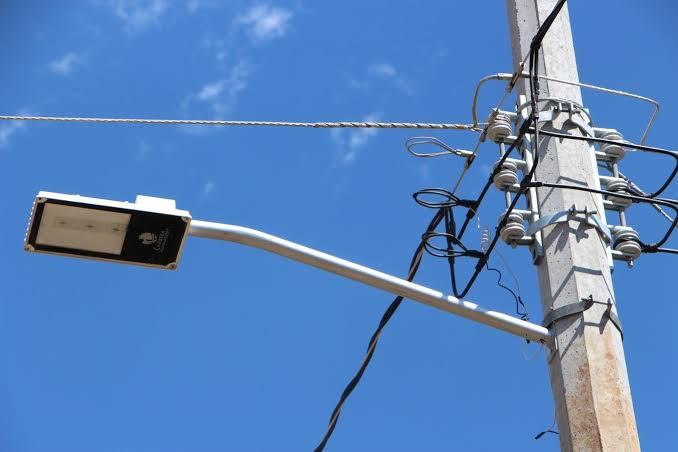 A días de colocarse las luminarias, éstas ya presentan problemas en Morelia
