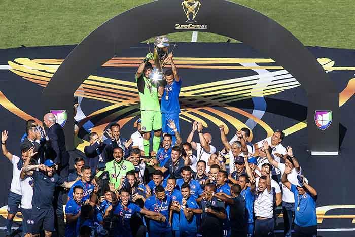 Cruz Azul logra la Supercopa MX