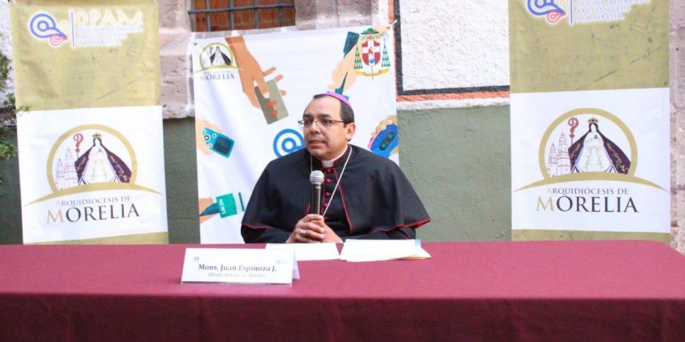 """""""El Evangelio invita a la conversión""""; sacerdote respecto a Mauricio Clark"""