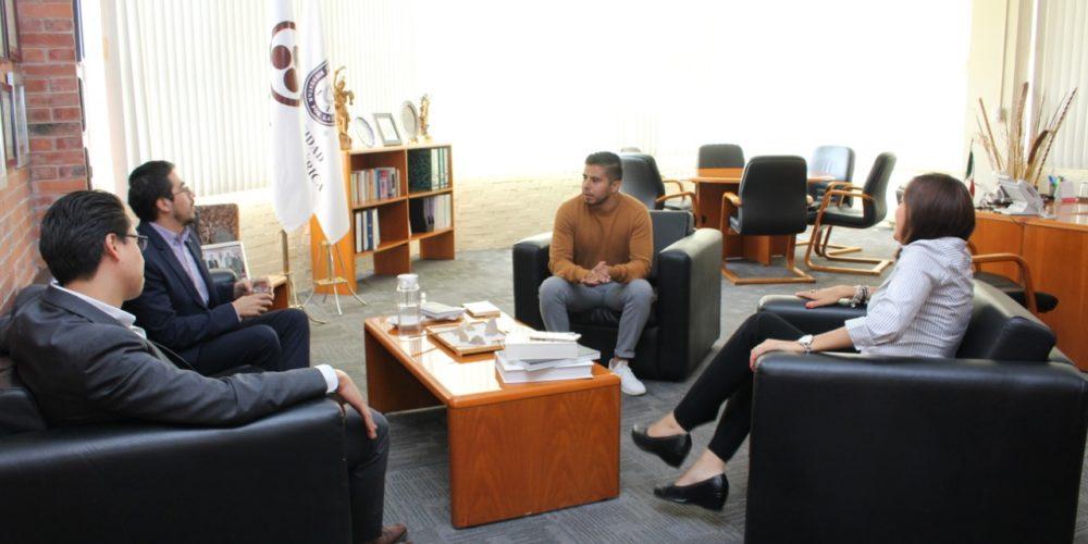 Egresado UNLA aceptado en Embajada de Pakistán en México