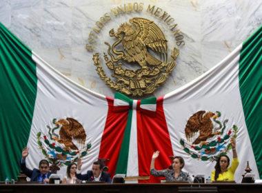Aprueban diputados reforma para difundir contenidos de la Constitución