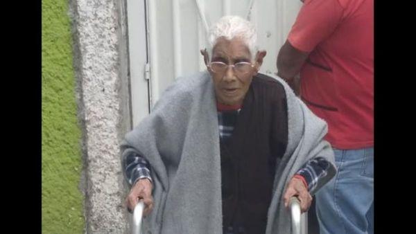 #VIDEO 'Cuerva de Tláhuac' es exhibida maltratando a su mamá