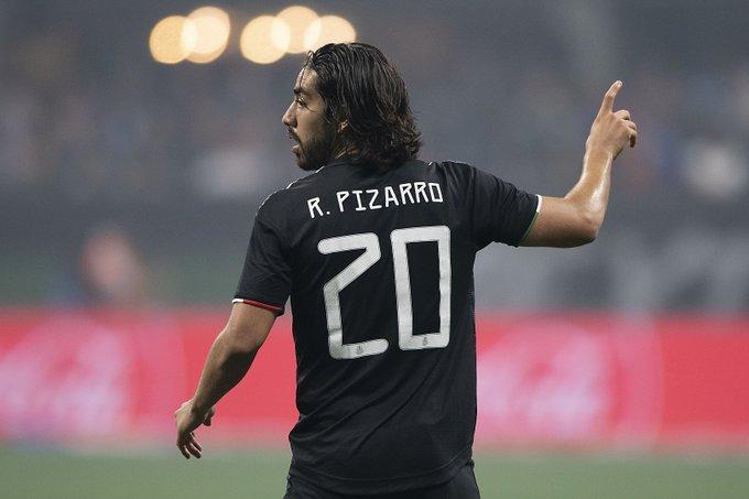 Podría Rodolfo Pizarro sumarse al Milán