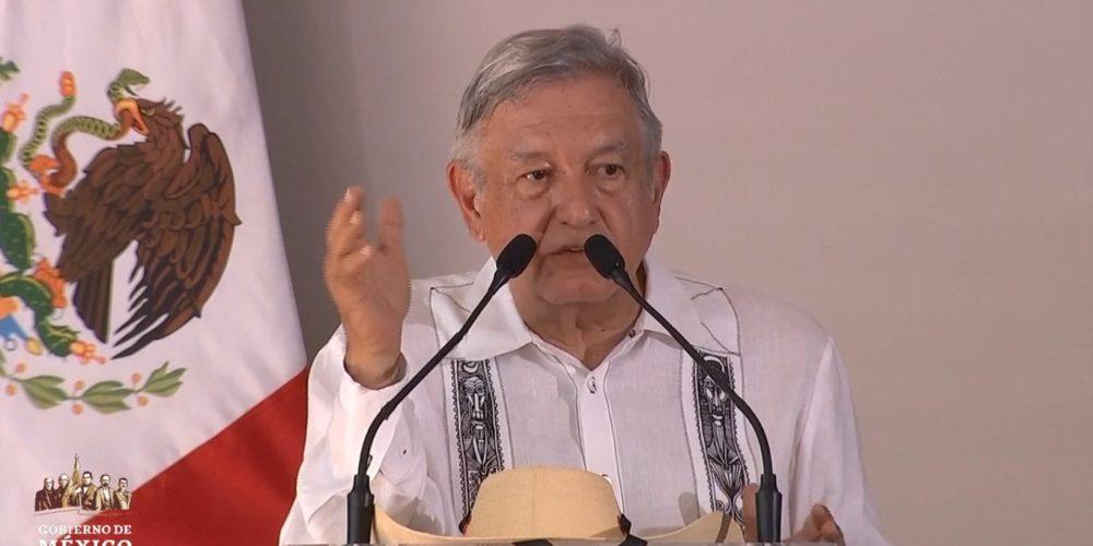 Primero Michoacán, por el bien de la educación en México: AMLO