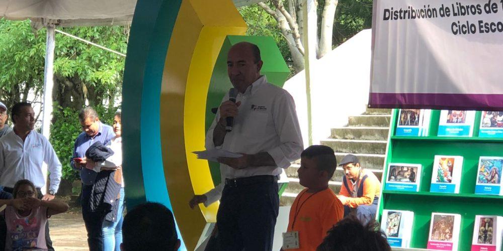 Michoacán dejó de ser último en materia educativa, asegura Frutis
