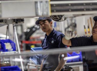 Retrocede el empleo en sector manufacturero