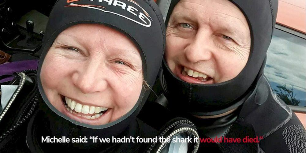 Abuelita salva a tiburón