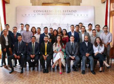 Diputados dan bienvenida a integrantes del 7º Parlamento Juvenil