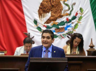 Solicita Arturo Hernández aumento al 30% de los recursos que reciben municipios y estados en el ramo 28