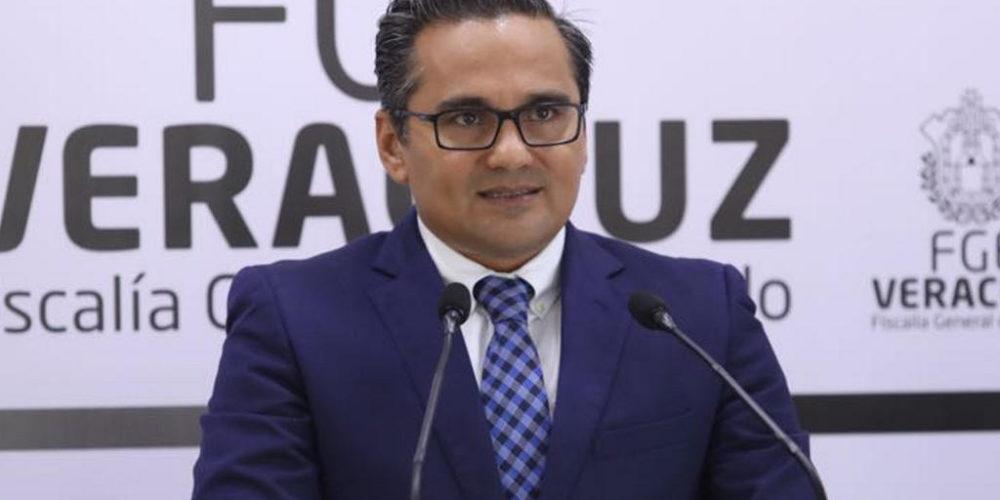 Giran orden de aprehensión contra exfiscal de Veracruz