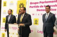 Arrepentido Humberto González regresa a la bancada del PRD