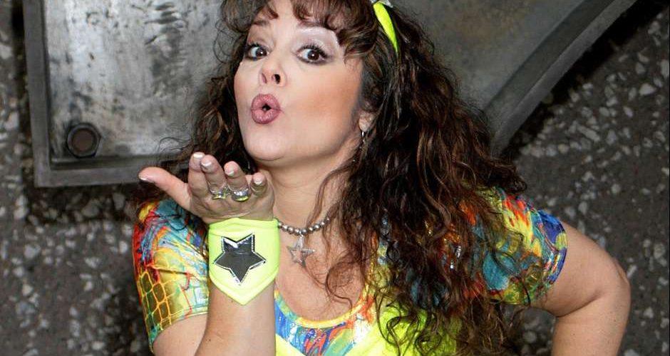 #Video Revela Tatiana que sufre parálisis facial