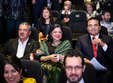 """Le gritan """"asesino"""" a Silvano en Festival de Cine"""