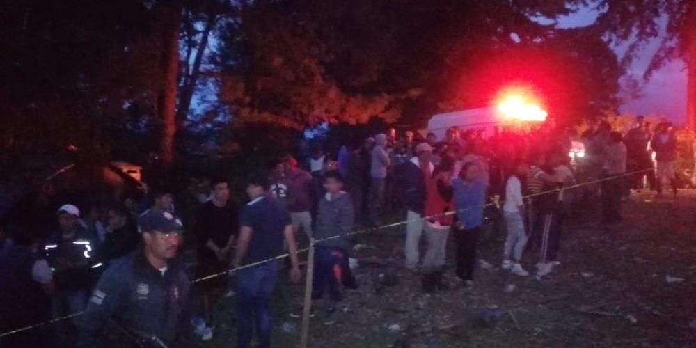 Dos muertos y un niño de 5 años grave por explosión de un polvorín