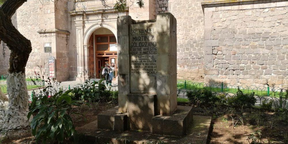 25 placas y bustos robados en el centro de Morelia