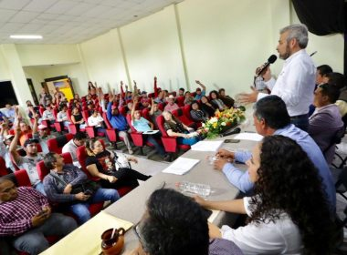 Llama Alfredo Ramírez a escuchar la voz de jefes de tenencia en el Congreso