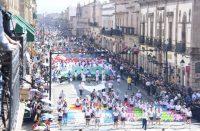 Colorido desfile se lleva aplausos este 20 de noviembre