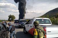 Reportan explosión e incendio en Tetepango por toma clandestina