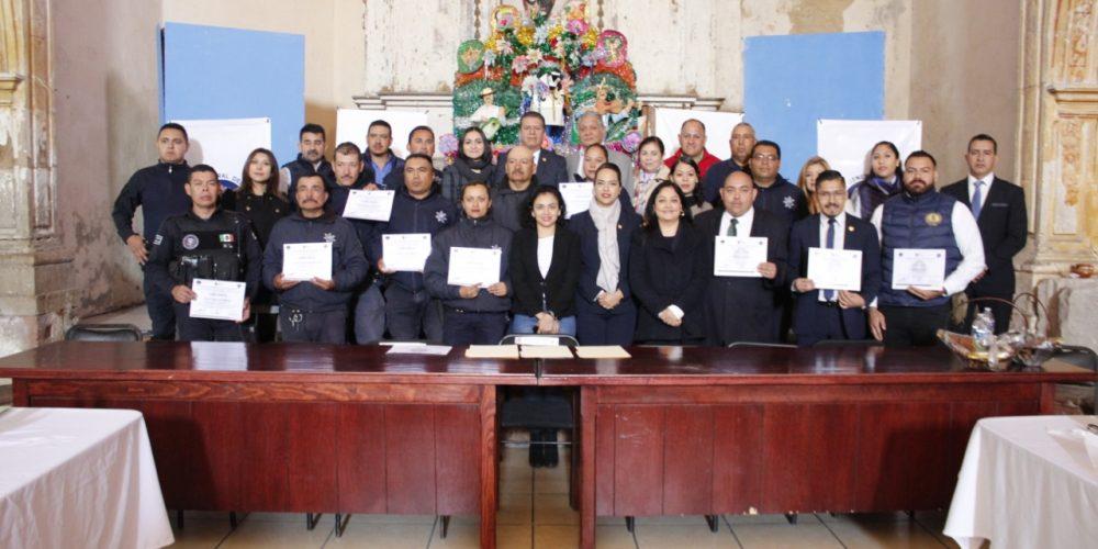 Clausura FGE curso de capacitación a policías de Charo en materia de Derechos Humanos y actualización de la función policial