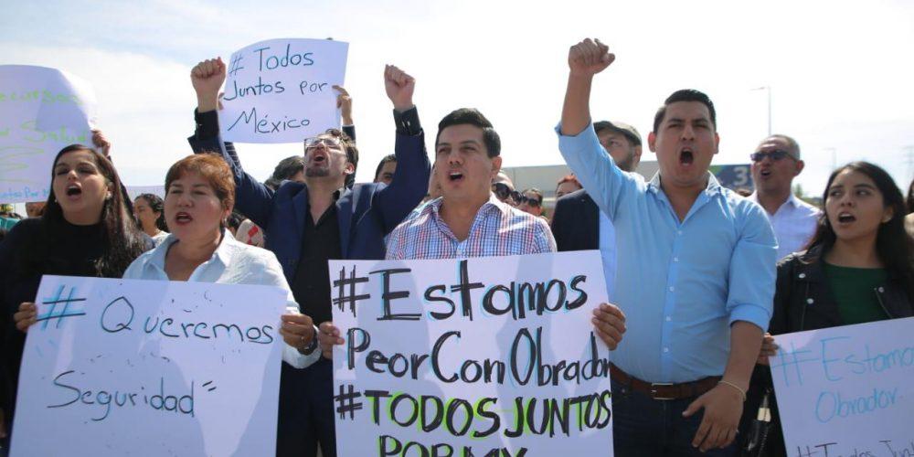 Estaríamos mejor sin López Obrador: Oscar Escobar