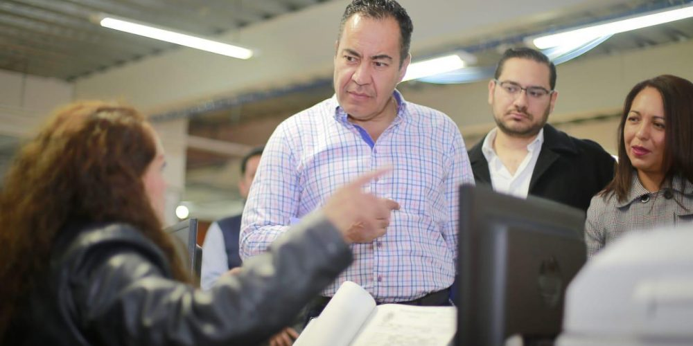 Va Carlos Herrera por modernizar el Registro Civil