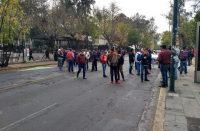 Normalista cierran Ventura Puente; exigen pago de becas