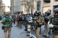 Ciudadanos se manifiestan contra control de armas
