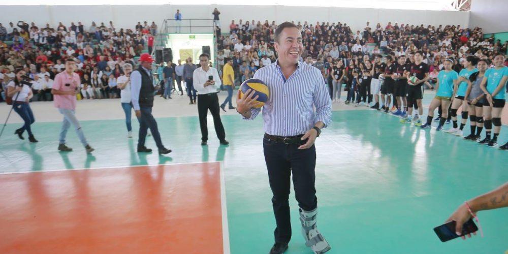 Fomento al deporte para salvaguardar la juventud: Carlos Herrera
