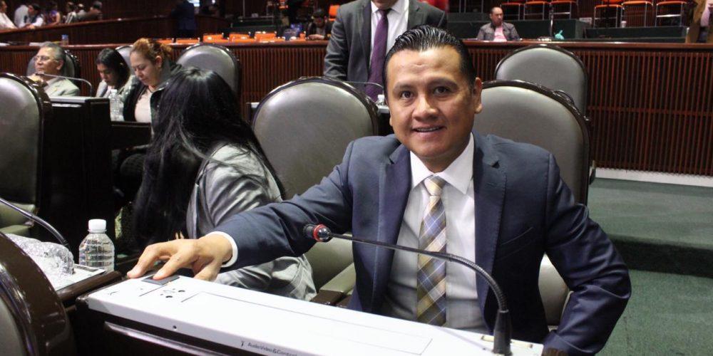 Seguro de vida para personal médico blinda a sus familias del desamparo: Torres Piña