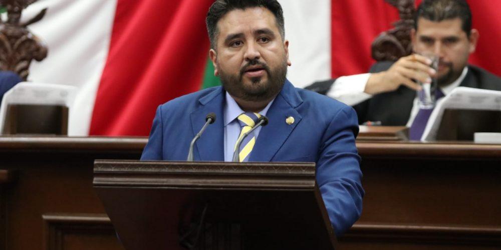Propone Erik Juárez Blanquet clarificar criterio de reelección en Michoacán
