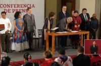 Se unen México y Unesco para preservar lenguas indígenas